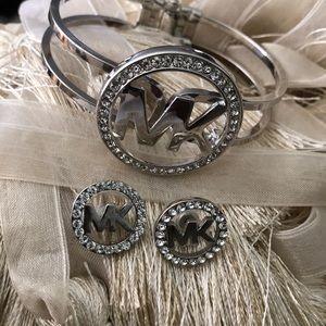 Michael Kors bracelet & earring set💍💍💍